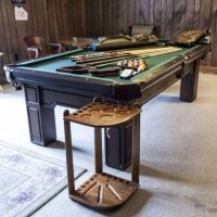 Gorgeous Olhausen Green Felt Pool Table For Sale